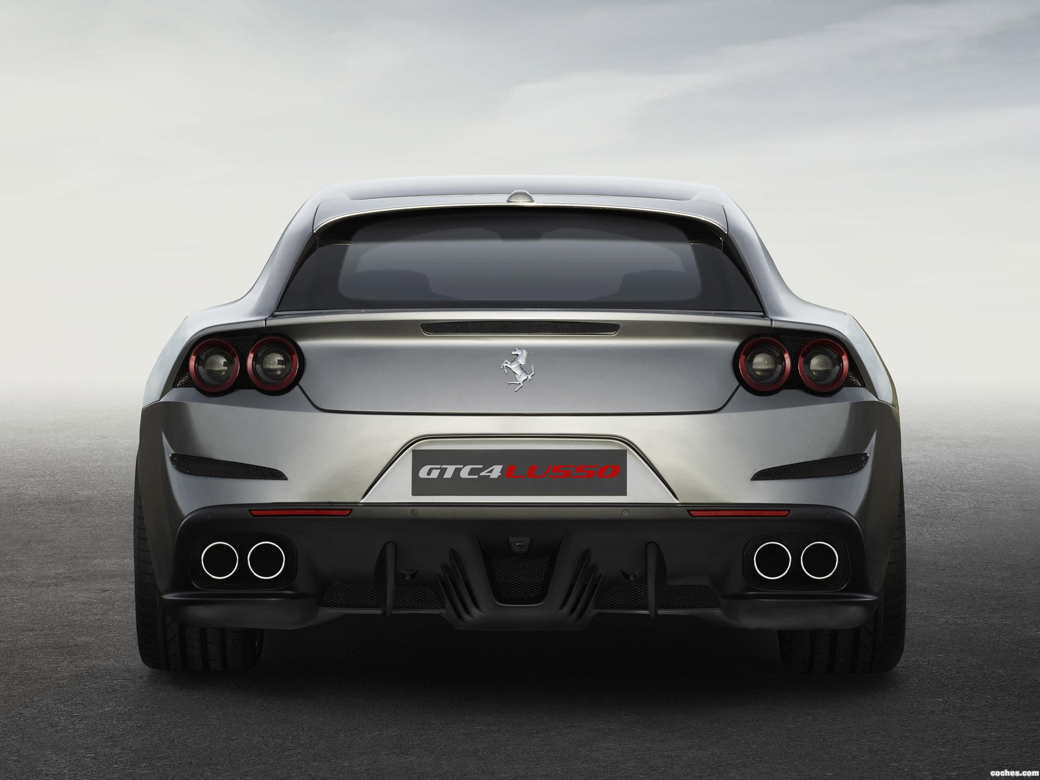 Foto 2 de Ferrari GTC4Lusso 2016
