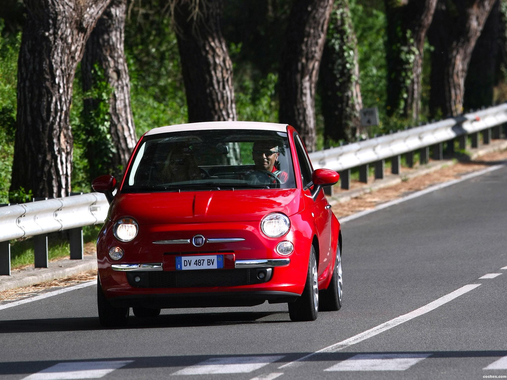 Foto 31 de Fiat 500C 2009