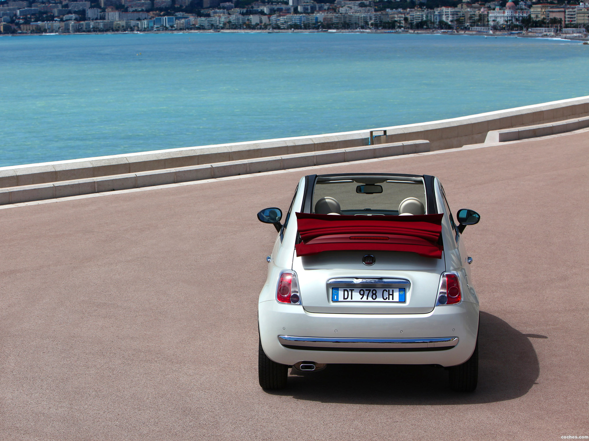 Foto 25 de Fiat 500C 2009