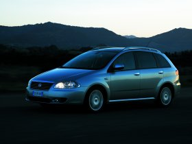 Ver foto 18 de Fiat Croma 2005
