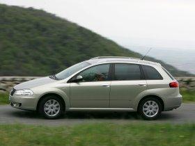 Ver foto 10 de Fiat Croma 2005