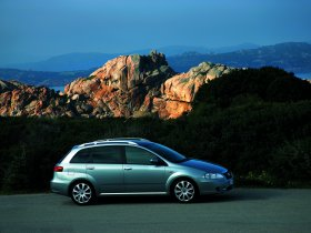 Ver foto 29 de Fiat Croma 2005