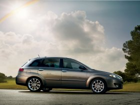 Ver foto 2 de Fiat Croma 2007