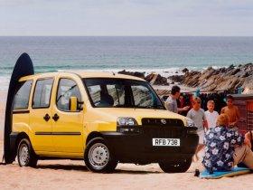 Ver foto 2 de Fiat Doblo 2001