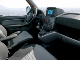 Ver foto 13 de Fiat Doblo 2005