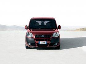 Ver foto 4 de Fiat Doblo 2005