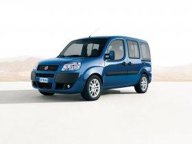 Ver foto 2 de Fiat Doblo 2005