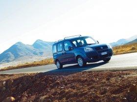 Ver foto 11 de Fiat Doblo 2005
