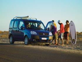 Ver foto 9 de Fiat Doblo 2005