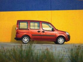 Ver foto 5 de Fiat Doblo 2005