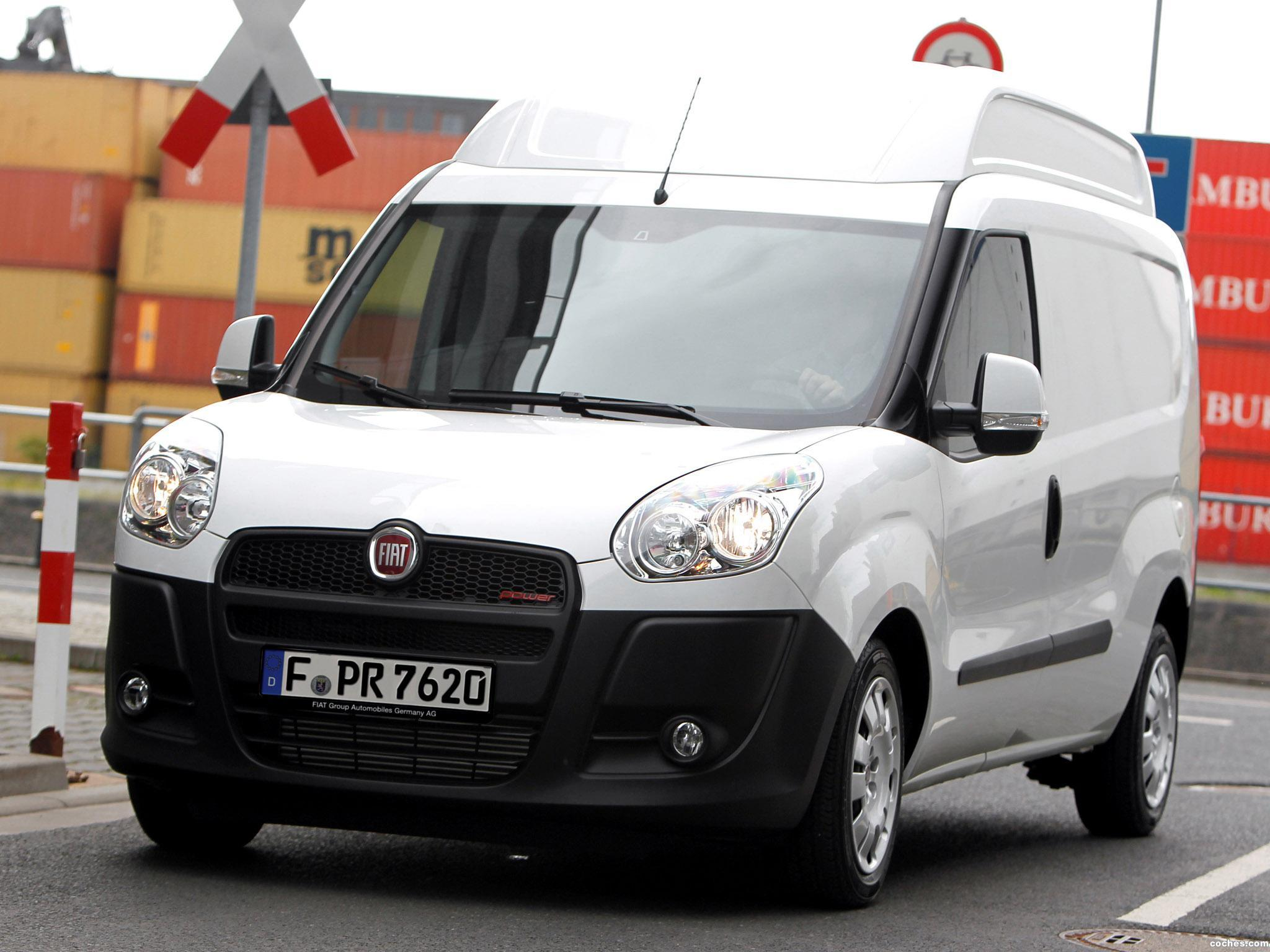 fotos de fiat doblo cargo maxi xl 2012 foto 1. Black Bedroom Furniture Sets. Home Design Ideas