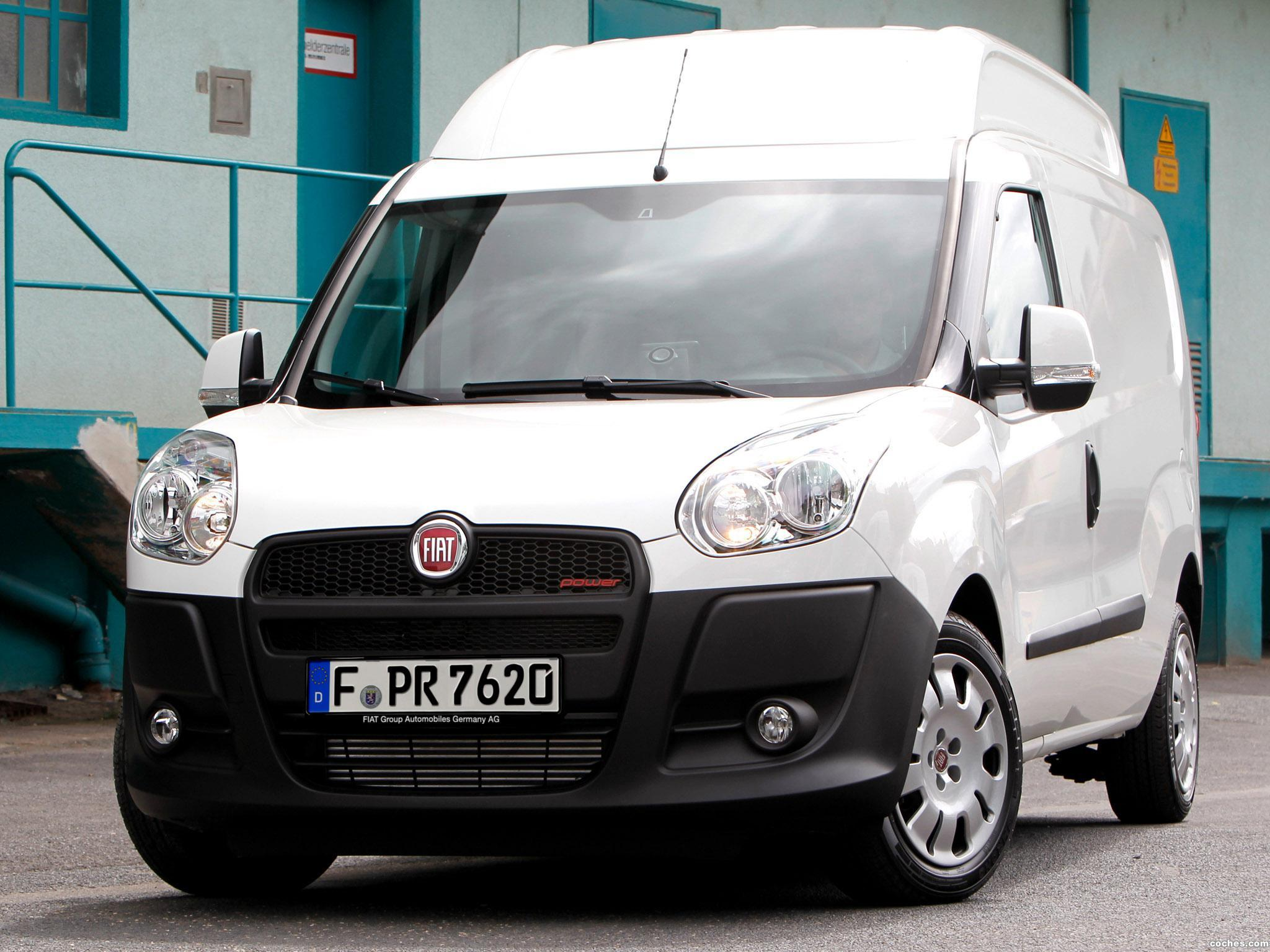 fotos de fiat doblo cargo maxi xl 2012. Black Bedroom Furniture Sets. Home Design Ideas