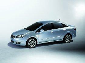 Ver foto 17 de Fiat Linea Dynamic 2007
