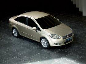 Ver foto 8 de Fiat Linea Dynamic 2007