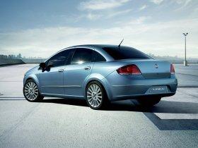 Ver foto 4 de Fiat Linea Dynamic 2007
