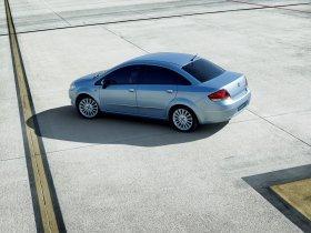 Ver foto 3 de Fiat Linea Dynamic 2007