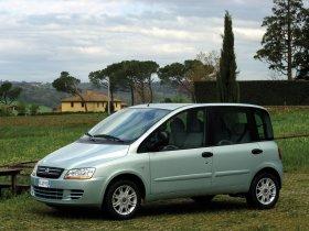 Ver foto 37 de Fiat Multipla 2004