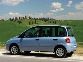 Ver foto 18 de Fiat Multipla 2004