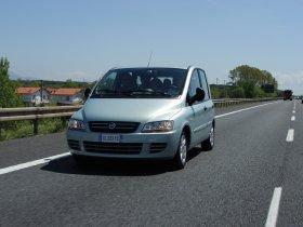 Ver foto 17 de Fiat Multipla 2004