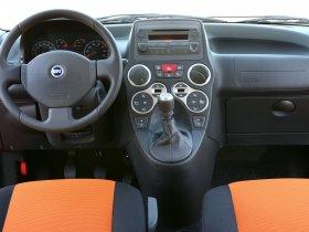 Ver foto 6 de Fiat Panda Cross 2005