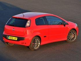 Ver foto 2 de Fiat Punto Evo 3 door UK 2009