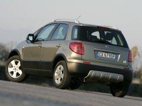Ver foto 2 de Fiat Sedici 2005