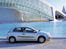Ver foto 3 de Fiat Stilo 3 puertas 2001