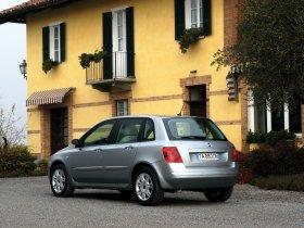 Ver foto 23 de Fiat Stilo 2004