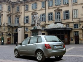 Ver foto 14 de Fiat Stilo 2004
