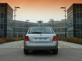 Ver foto 11 de Fiat Stilo 2004