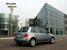 Ver foto 10 de Fiat Stilo 2004