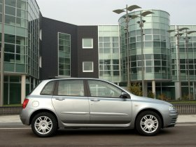 Ver foto 8 de Fiat Stilo 2004
