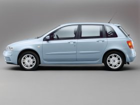 Ver foto 2 de Fiat Stilo 2004