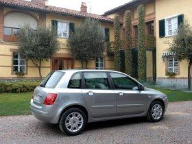 Ver foto 28 de Fiat Stilo 2004