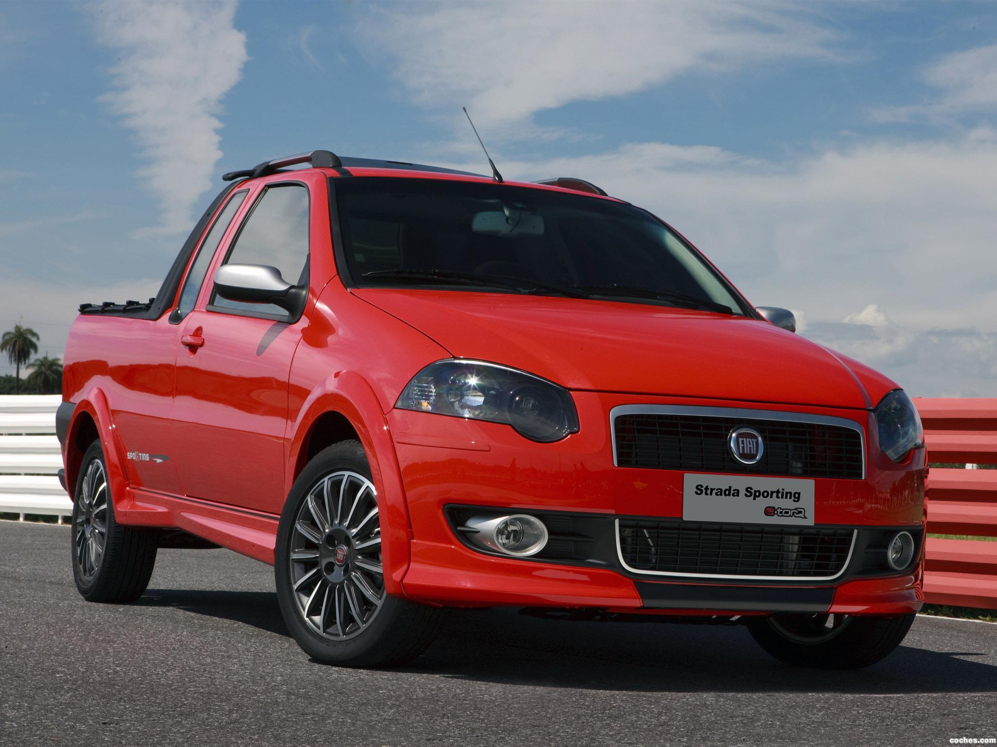 Foto 0 de Fiat Strada Sporting 2011