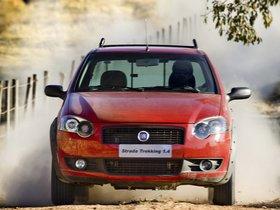 Ver foto 5 de Fiat Strada Trekking 2009