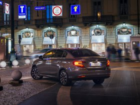 Ver foto 14 de Fiat Tipo Sedan 2015