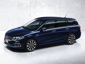 Fotos de Fiat Tipo Station Wagon 2016