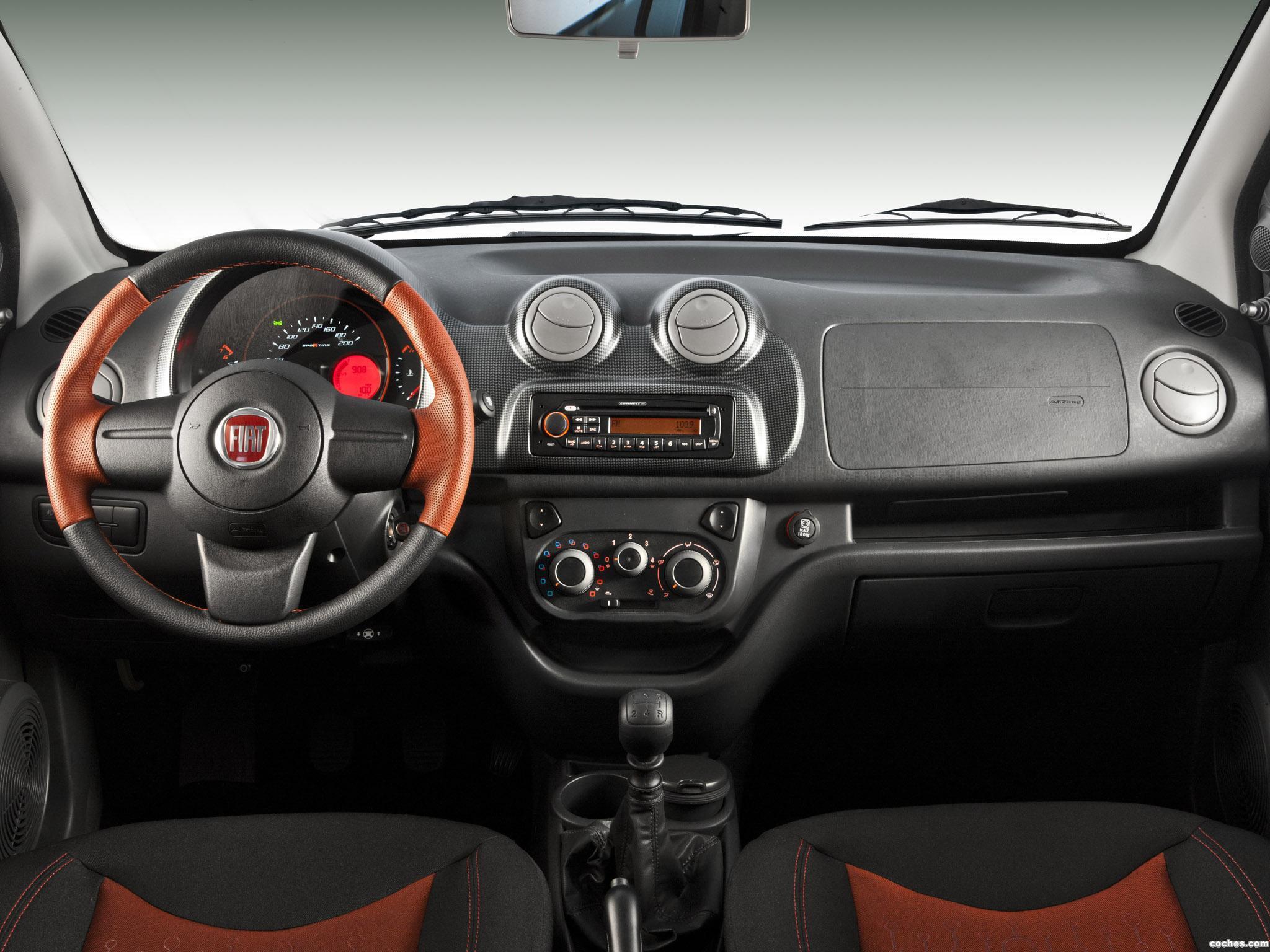 Foto 7 de Fiat Uno Sporting 3 puertas 2011