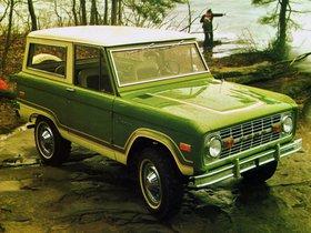 Ver foto 2 de Ford Bronco Wagon 1974