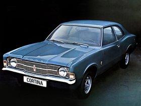 Ver foto 2 de Ford Cortina 2 puertas Saloon 1970