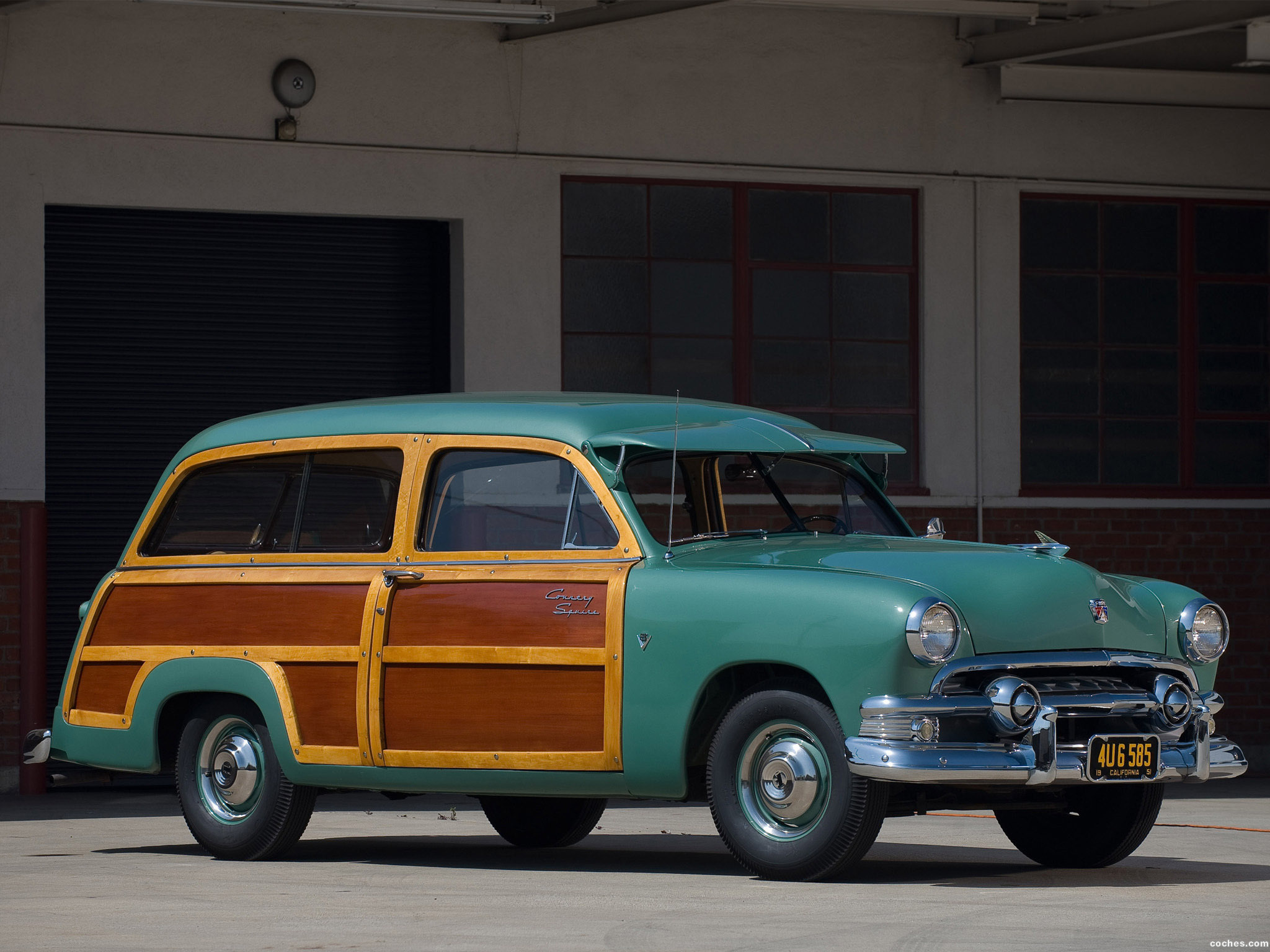 Foto 0 de Ford Country Squire 1951