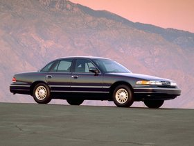 Ver foto 5 de Ford Crown Victoria 1995