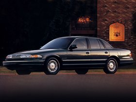 Ver foto 2 de Ford Crown Victoria 1995