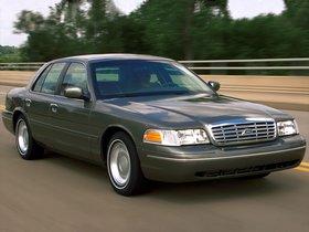 Ver foto 28 de Ford Crown Victoria 1988