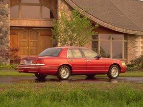 Ver foto 25 de Ford Crown Victoria 1988