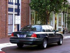 Ver foto 23 de Ford Crown Victoria 1988