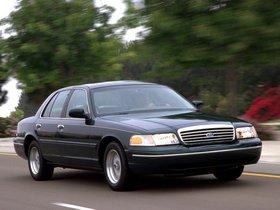 Ver foto 21 de Ford Crown Victoria 1988