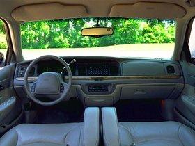 Ver foto 37 de Ford Crown Victoria 1988