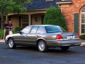 Ver foto 19 de Ford Crown Victoria 1988